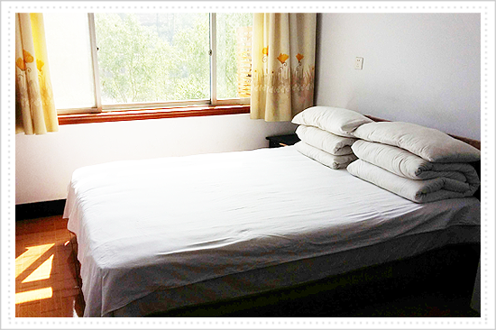Yanke Mountain Villa single room 100 RMB/day (including breakfast)